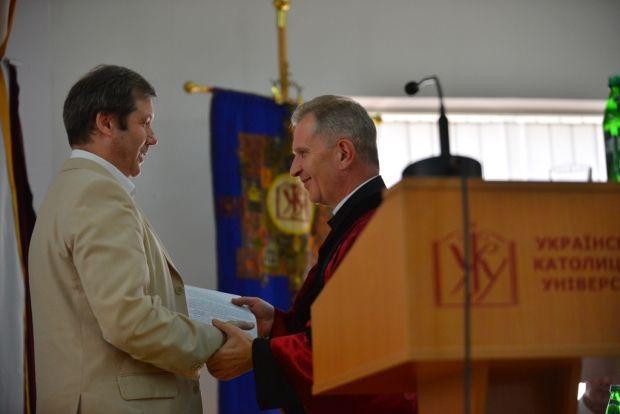 Александр Зайцев (слева) высказал замечания относительно закона 2538