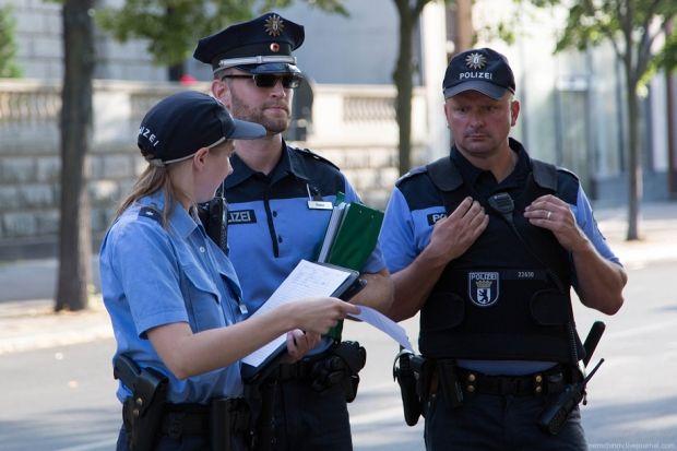 Полиция Берлина еще не получила запроса на мотопробег
