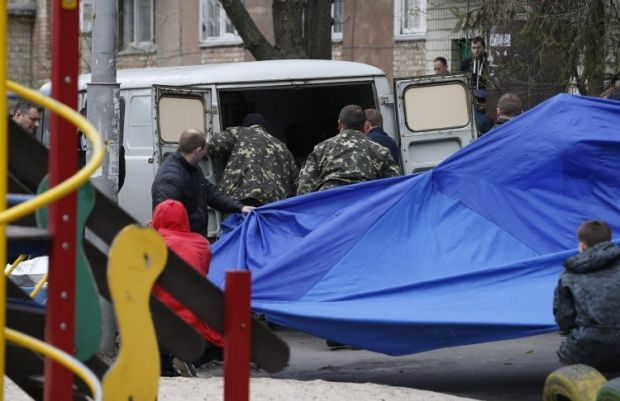 A car used during the shooting of a journalist near his house found in Kyiv / Photo from UNIAN