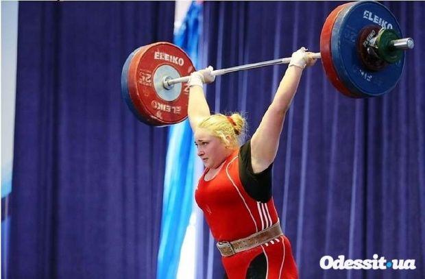 Анастасия Лысенко вслед за золотом юниорского ЧЕ завоевала серебро на взрослом уровне / odessit.ua