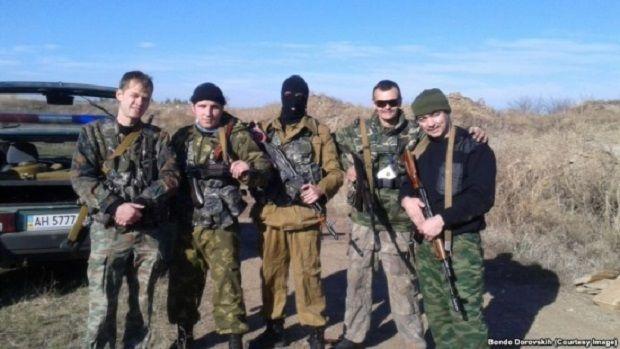 Bondo Dorovskikh (right) and other militants posing for photo near Alchevsk, Luhansk region, Ukraine (Photo courtesy: Bondo Dorovskikh)