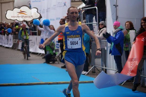 Тарас Сало виграв марафон у Кракові / maratonypolskie.pl