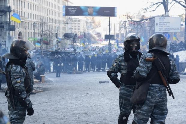 Янукович-беглец оценил действия