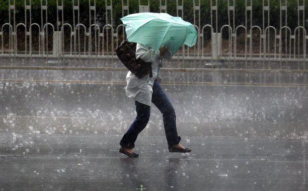 На Украину надвигаются дожди со штормовым ветром и похолодание