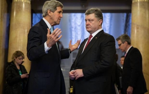 Керри и Порошенко скоординировали действия для деэскалации ситуации на Донбассе / Фото УНИАН