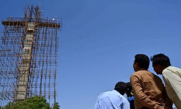 Highest Cross of Asia in Pakistan Karachi / facebook.com