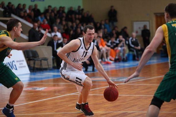 Кальниченко предпочел румынский чемпионат и гражданство Румынии / mavpabasket.com