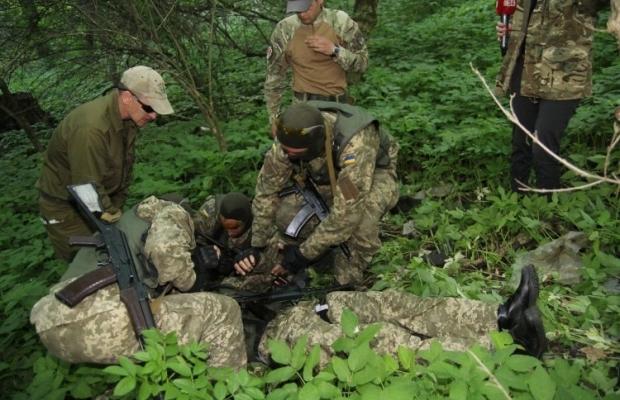 За минувшие сутки один украинский военнослужащий погиб, пятеро получили ранения / Фото: УНИАН