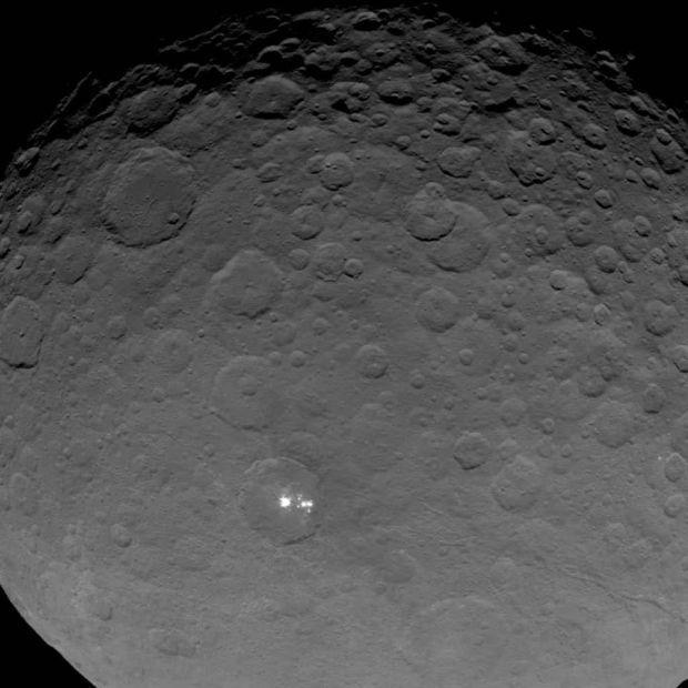 Церера / Фото: IDA / DLR / MPS / UCLA / JPL-Caltech / NASA