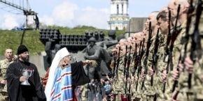 Митрополит Августин благословил военных за торжественной церемонией принесения присяги