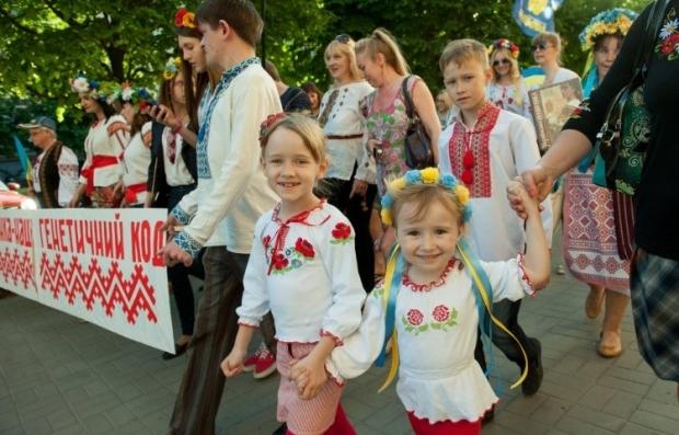Предусмотрено дополнительное финансирование на отдых детей из семей киевлян - участников антитеррористической операции и из семей погибших киевлян - бойцов АТО / Фото: УНИАН