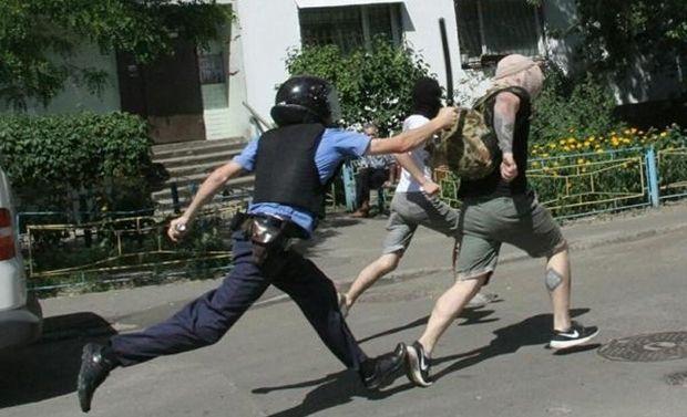 Провокаторы хотели сорвать Марш равенства / twitter.com/Zoreslav4yk