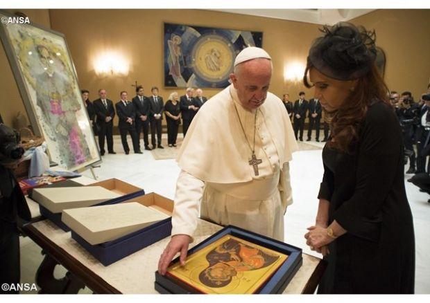 Папа Франциск подарил госпоже Кристине Фернандес де Киршнер копию русской иконы