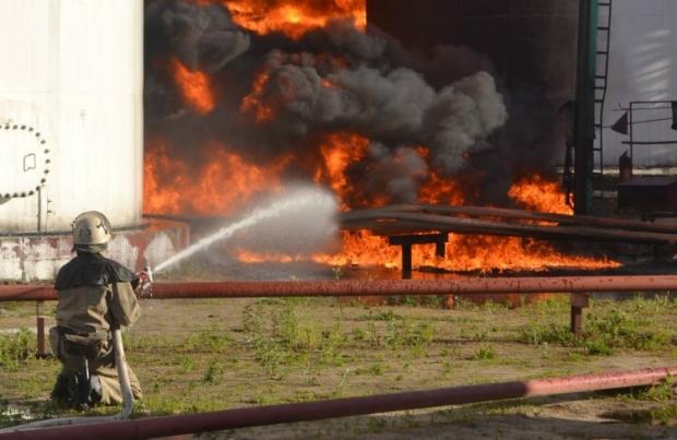 Експерт: Нафтобаза в Глевасі – це центр кустарного виробництва бензину / Фото УНИАН