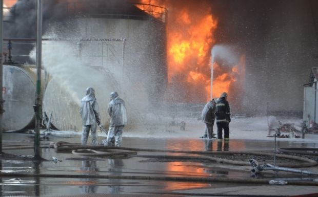 An oil depot near Kyiv has caught fire again / Photo from mns.gov.ua