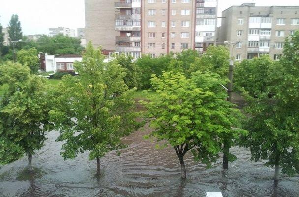 Очікуються швидкоплинні підвищення рівнів води заввишки до 1 метра, можливе формування селевих потоків / Фото: facebook/Оксана Прокопчук