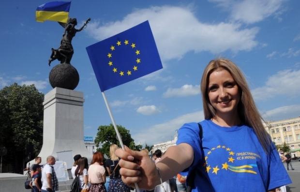 Украинцы стали лидерами по количеству полученных разрешений на проживание в ЕС