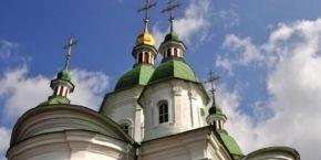 В УПЦ заявили о вандализме в Василькове - разбиты окна храма, повреждено изображение Спасителя