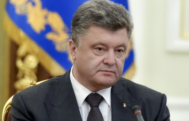 Poroshenko informs about a large number of Russian troops along the border with Ukraine / Photo from UNIAN