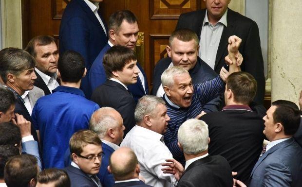 Драка в ВР / facebook.com/bogdanbortakov