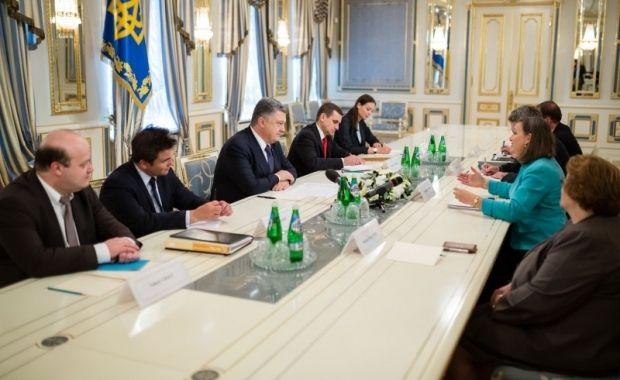 Порошенко и Нуланд / president.gov.ua