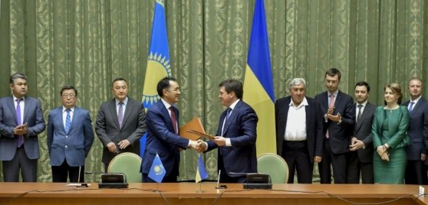 Украина и Казахстан углубляют сотрудничество / Фото УНИАН
