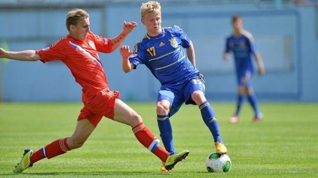 Александр Зинченко (справа) стал лучшим юным футболистом Украины / dynamo.kiev.ua