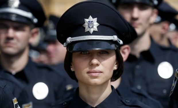 Полиция сравнила свою работу и деятельность милиции / Фото УНИАН