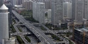"""China pledges to produce 20% of """"clean"""" energy by 2020"""