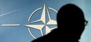 The New York Times: Испытуемое Россией НАТО повышает военное присутствие и тон