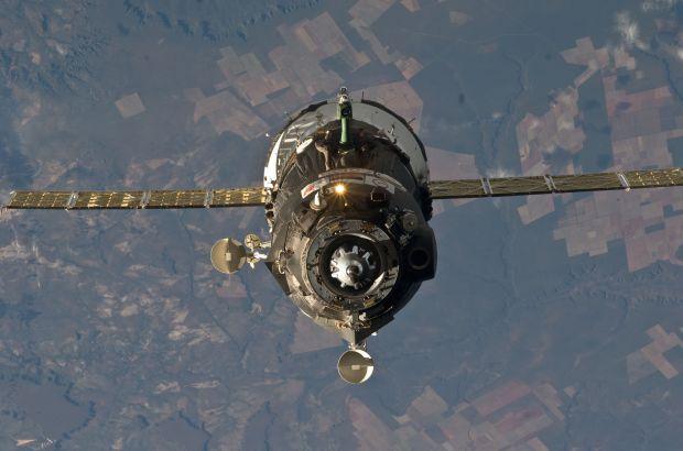 Средства необходимы на оплату полетов шести американских астронавтов