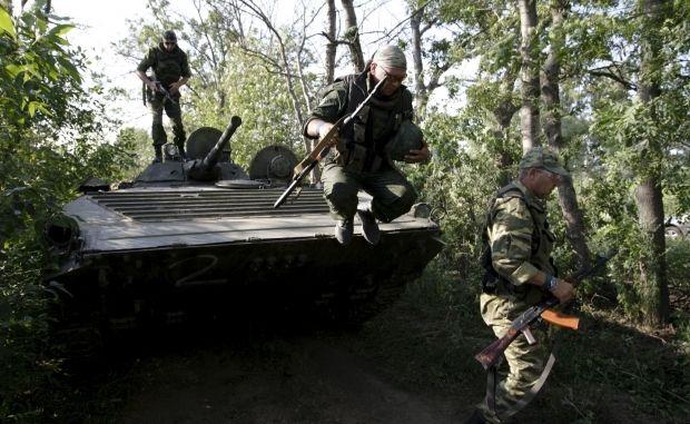 Ночь в зоне АТО: боевики трижды обстреляли военных на Артемовском направлении