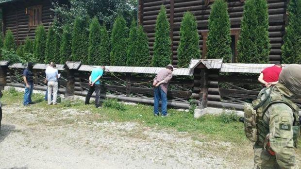 Задержанные хотели перевезти через румынскую границу не маркированный ядерный материал / СБУ