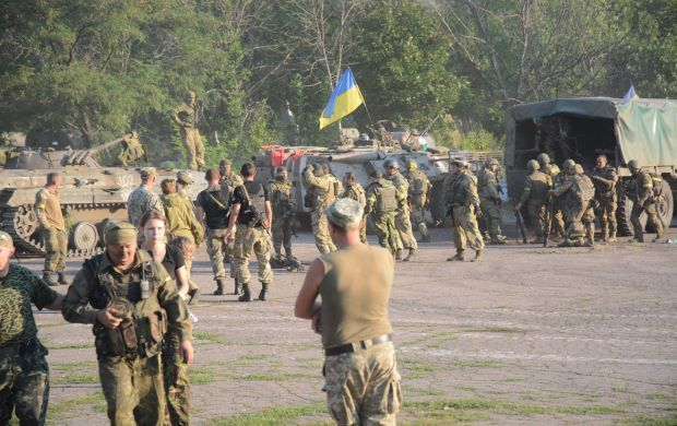 Ukrainian troops near Starohnativka / Photo from facebook.com/permalink
