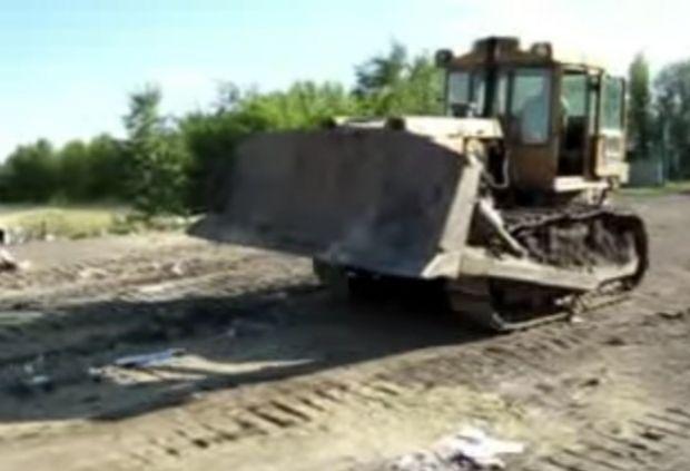 бульдозер / скриншот видео