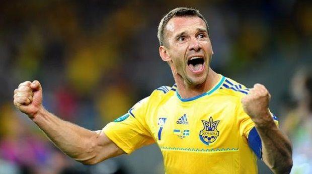 Главная звезда украинского футбола за годы Независимости Шевченко получил Золотой мяч \ ukrainegoodnews.com