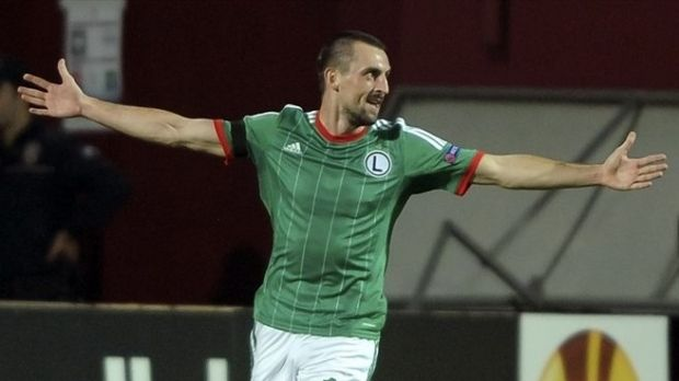 Кухарчик принес победу своей команде / uefa.com