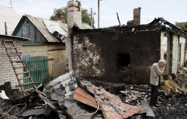 Третина українців вважає, що влада докладає мало зусиль для звільнення Донбасу - опитування