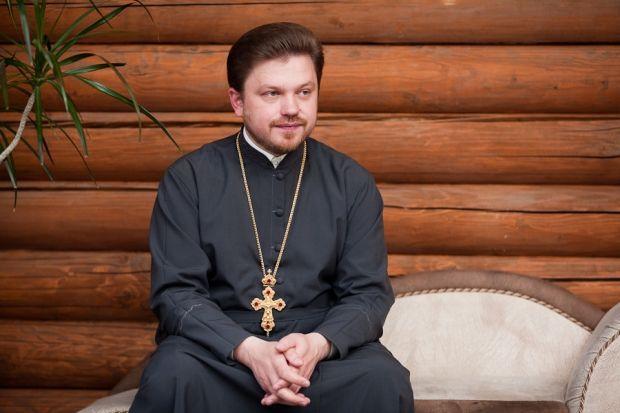 """Протоиерей Олег Мельничук: """"Многодетная семья - это не аномалия, а естественная, Богом создана институция""""."""