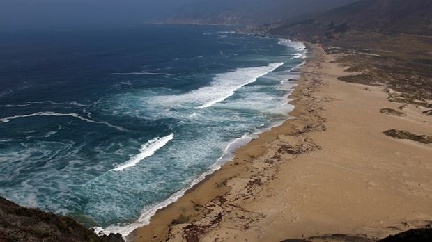 В США столкнулись и упали в Тихий океан два самолета