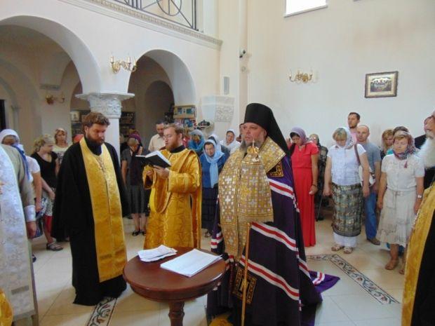 Петербургские депутаты хотят решать вопросы о передаче имущества церкви