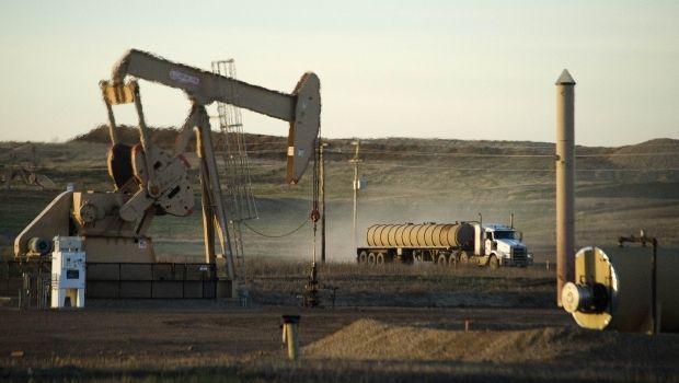 Нефть перешла к росту — цена Brent поднялась выше $34