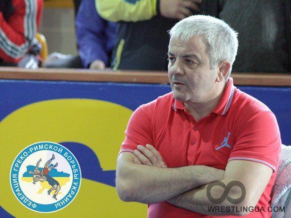 Артур Дзигасов хочеть добыть еще три лицензии на ближайших крупных турнирах / wrestlingua.com