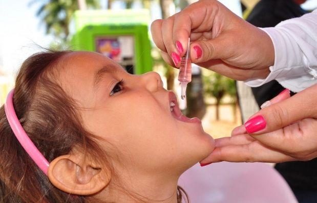 Кампания по вакцинации детей с использованием оральной полиовакцины пройдет в три раунда: первый начнется в Закарпатской, Ивано-Франковской, Львовской областях / Фото: bandsc.com.br