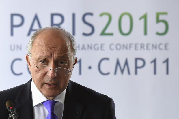 МИД Франции: Ассад не должен играть никакой роли в будущем своей страны