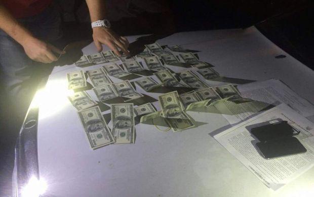 В Харькове за получение взятки задержаны двое прокуроров
