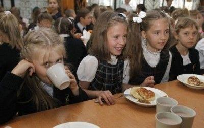 На Тернопільщині завдяки опорним школам хочуть подолати величезний розрив в рівні знань між учнями міст та сіл title=