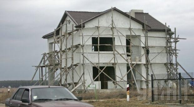 Больше всего домов предлагалось в Дарницком, Голосеевском и Соломенском районах / Фото УНИАН