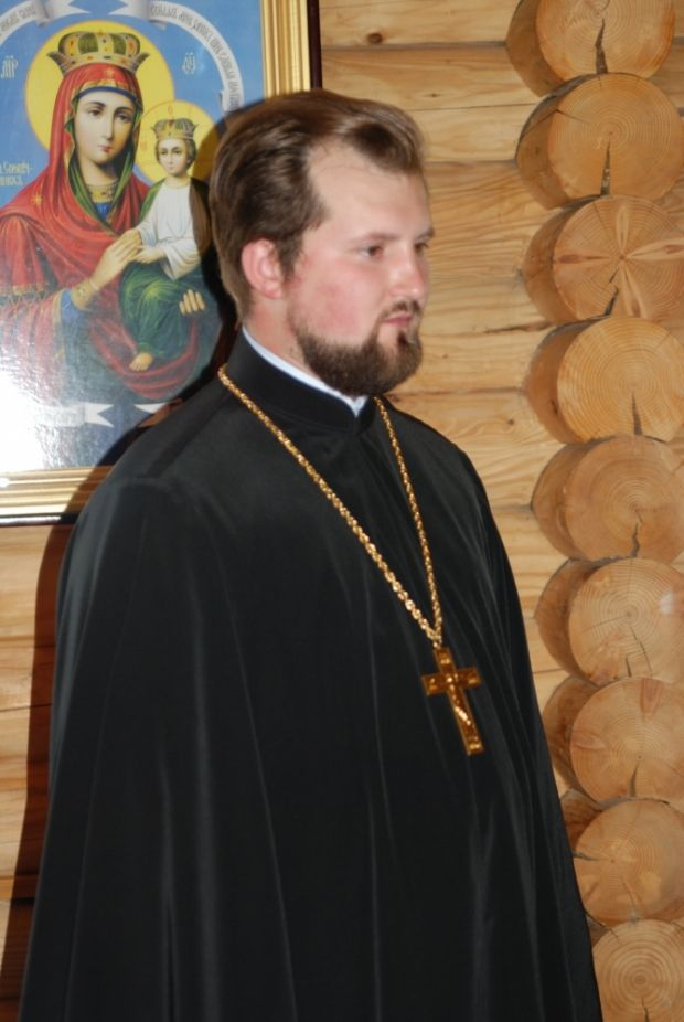 настоятель храма иерей Алексий Киреев.