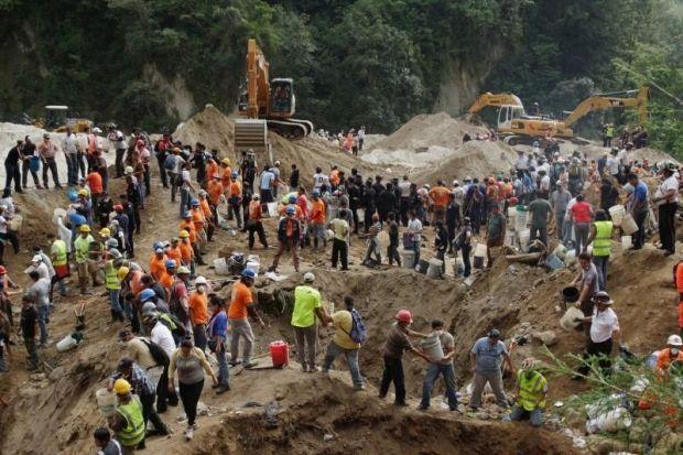 Число жертв оползня в Гватемале выросло до 237